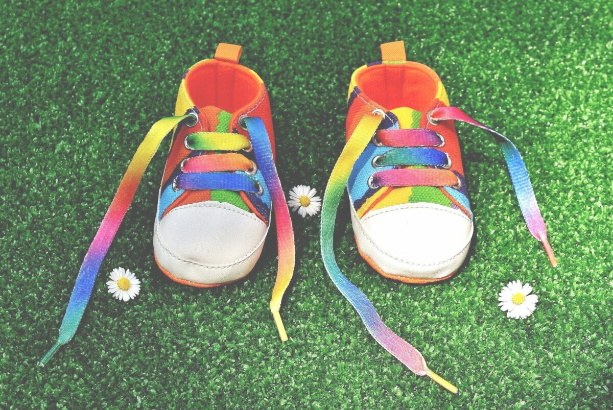 consejos-para-elegir-bien-el-calzado_pieamarillo.com_-1200x803.jpg